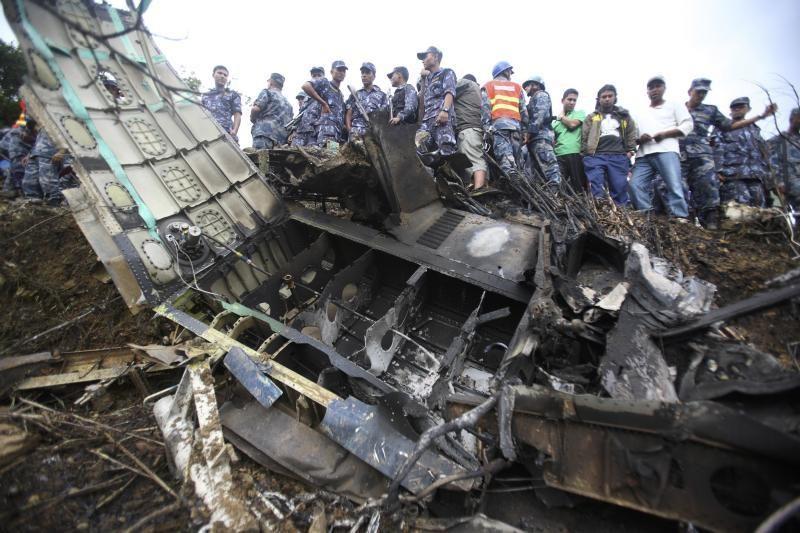 Nepale sudužus lėktuvui žuvo 19 žmonių