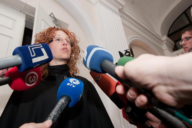 Grupuotei ketinęs vežti ginklus airis nuteistas 12 metų nelaisvės