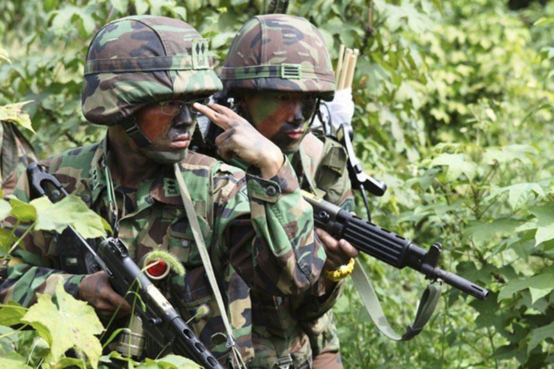 Pentagonas siūlo 13 proc. mažinti JAV sausumos pajėgų karių skaičių