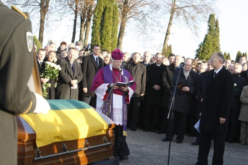 B.Lubys palaidotas pagal senas žemaičių tradicijas