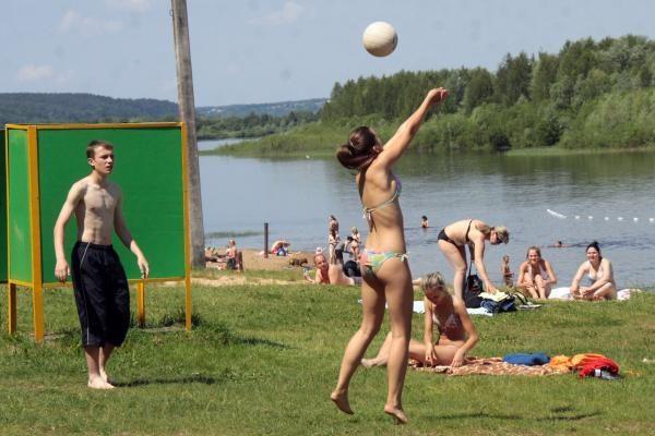 Kauno paplūdimiai: poilsiautojų netrūksta nuo aušros iki sutemos