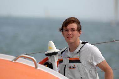 17-metis apiplaukė aplink pasaulį jachta