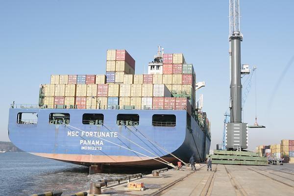 Klaipėdos uoste priimtas rekordinio dydžio laivas