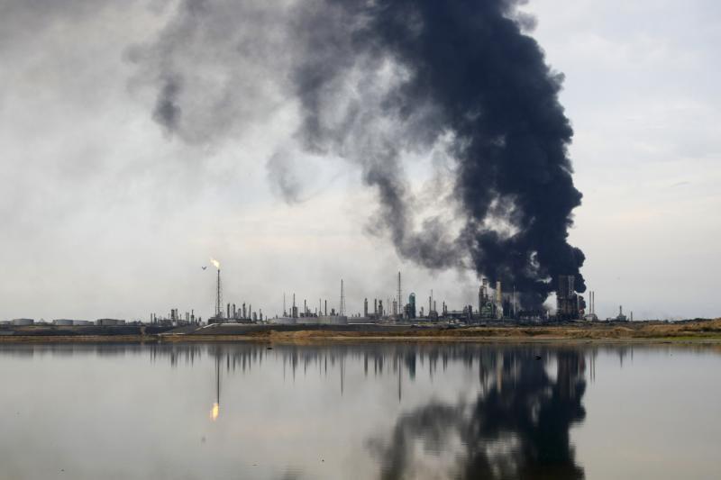 Per sprogimą Venesuelos naftos įmonėje žuvo 39 žmonės