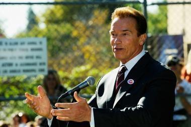 A.Schwarzeneggeris palieka Kaliforniją kamuojamą nedarbo ir skęstančią skolose