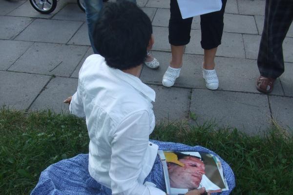 D.Kedžio šalininkai prie prokuratūros pradėjo bado akciją (papildyta)