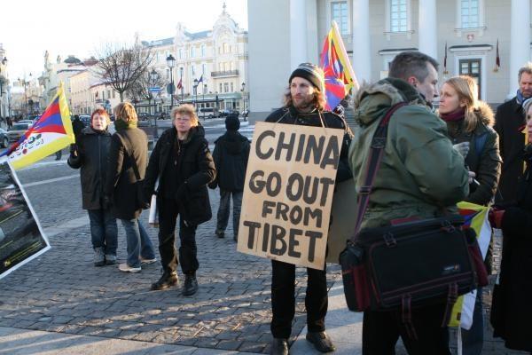 Tibeto skveras atgimė apsaugotas nuo vandalų