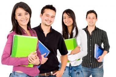 Keturiems užsieniečiams siūloma apmokėti magistro studijas Lietuvoje, aštuoniems - skirti stipendijas