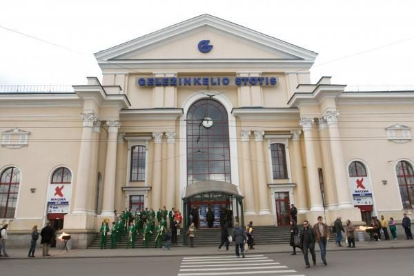 Naujas projektas: Vilniaus geležinkelio stotį pakiš po stogu