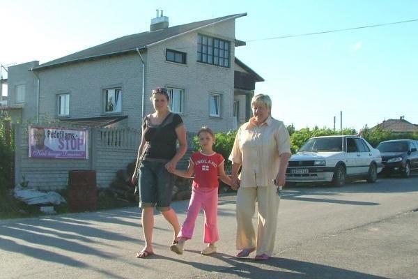 """Venckų namus saugantys žmonės nusprendė fotografuoti įtartinus """"žioplinėtojus"""""""