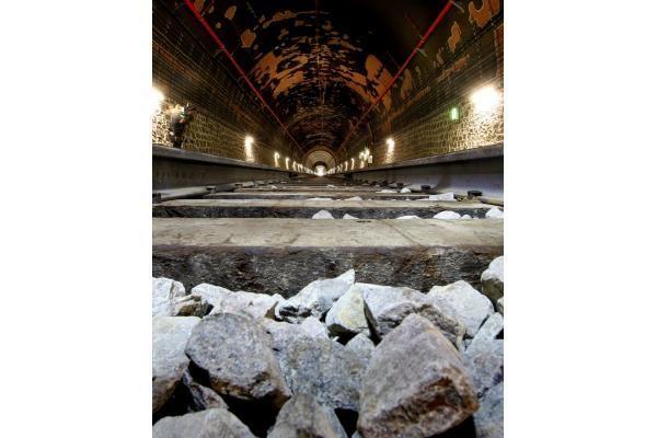 Traukiniai tuneliu važiuoja nuo antradienio (papildyta)
