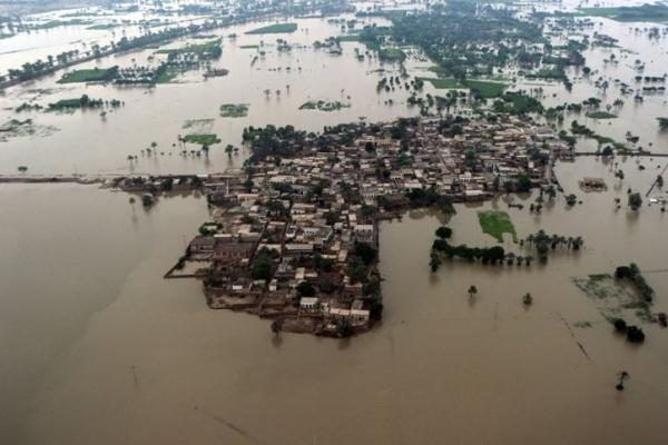 Pakistaną niokojančių potvynių mastas didesnis nei 2004 metų cunamio