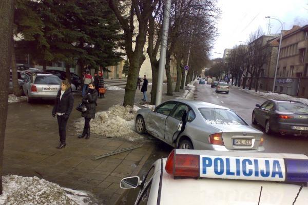 Per avariją Kauno centre partrenktas žmogus (papildyta)