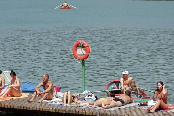 Vilniaus paplūdimius užtvindė poilsiautojai