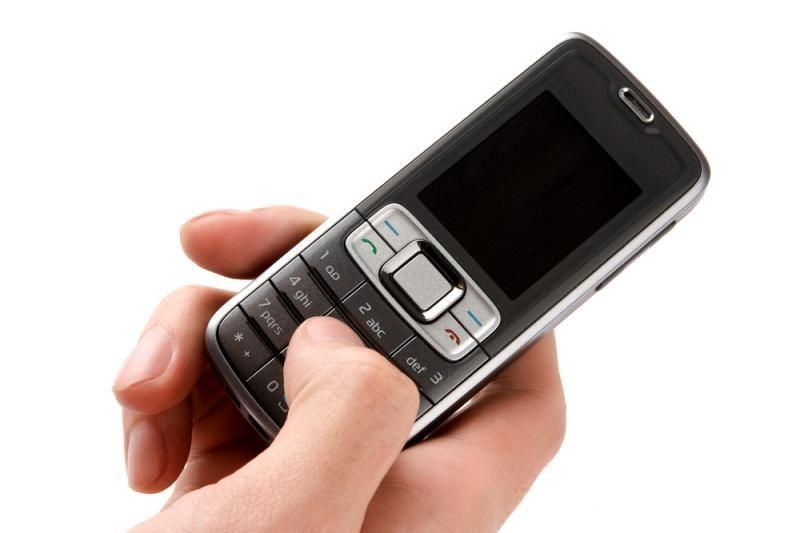 Kaune apvogtas lombardas: vagys išnešė 50 mobiliųjų telefonų