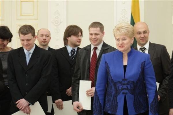 Apdovanoti geriausių 2009 metų disertacijų autoriai
