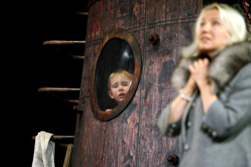 """Teatro premjeroje """"Jeruzalė"""" – pašaipus žvilgsnis į šių dienų pasaulį"""