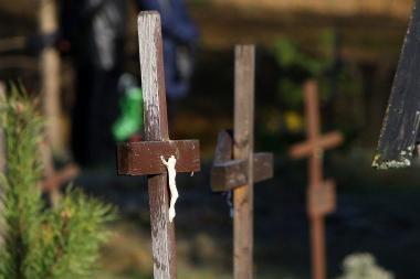 Ukmergės rajono kapinėse pavogta iki šimto kryžių
