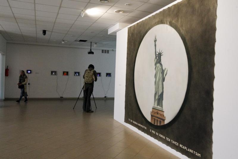 Klaipėdos parodų rūmuose – deramo kalibro šiuolaikinis menas