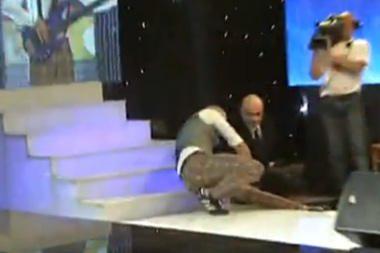 J.Didžiulis per laidos filmavimą nukrito nuo laiptų