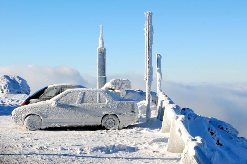 Atšalus orui automobilių neužveda triskart daugiau vairuotojų