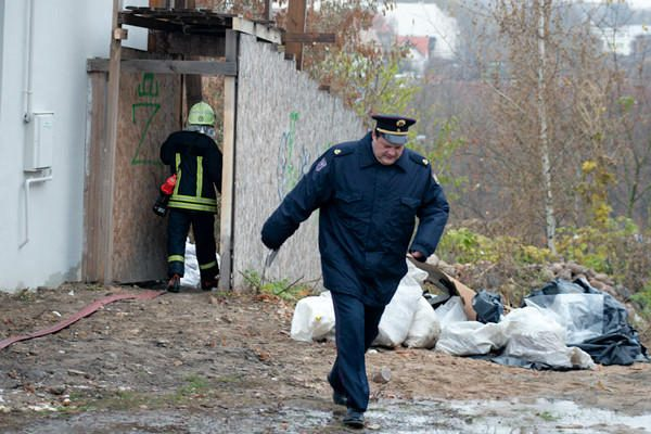 Vilniaus senamiestyje degė namas