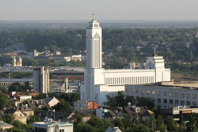 J.Brazaitis bus perlaidotas Kauno Prisikėlimo bažnyčios kolumbariume
