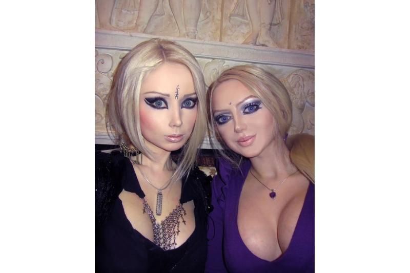 Barbe vadinama ukrainietė atskleidė, kaip atrodo be makiažo