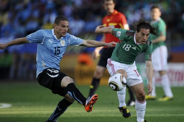 A grupė: Prancūzija – PAR 1:2 ir Meksika – Urugvajus 0:1