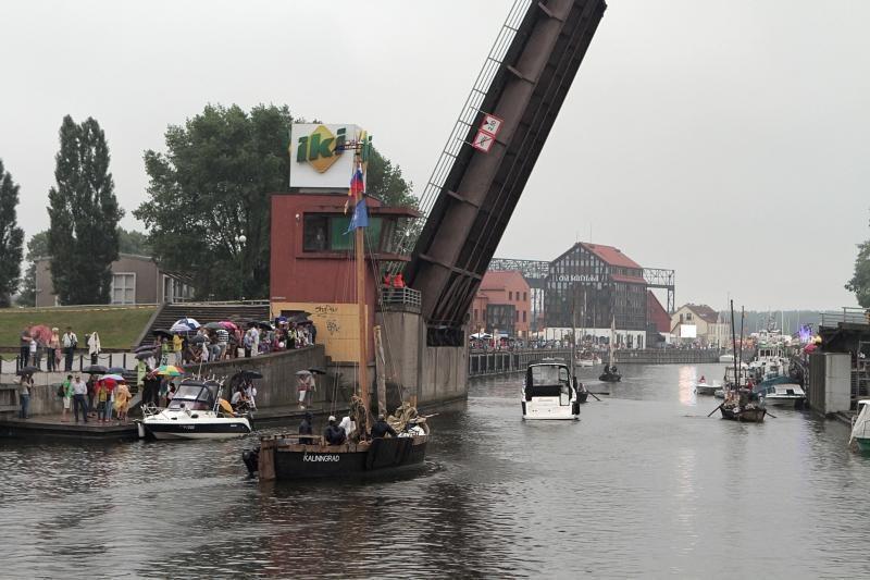 Pilies tiltas atlaikė ekstremalų išbandymą