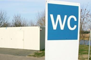 Auksinio tualeto byloje prasidėjo liudytojų apklausa