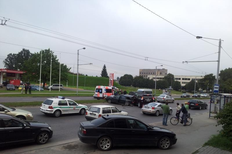 K.Baršausko gatvėje susidūrė penki automobiliai