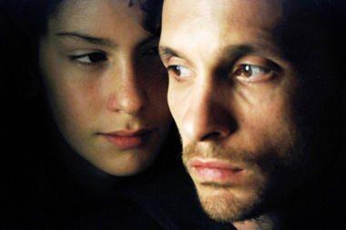 Kino teatruose – juostos apie nuodėmingą kunigo ir trylikametės meilę premjera