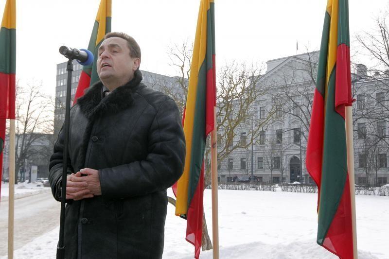 Prie Vilniaus teismo – Darbo partijos rėmėjų protestas (papildyta)