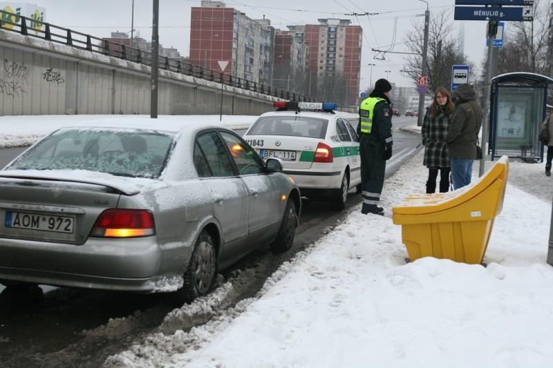 Nepastabumo kaina – trys sudaužyti automobiliai