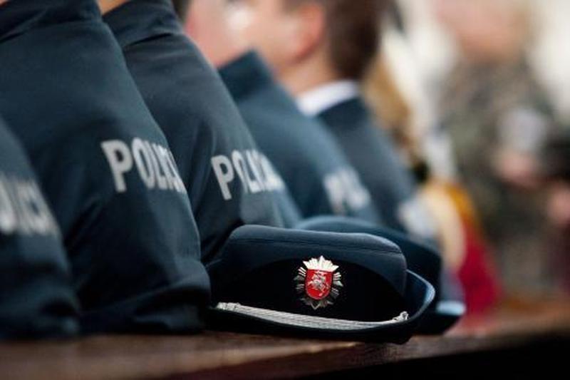 Įtariamuosius plėšimu Vilniaus policija sulaikė po 3 valandų