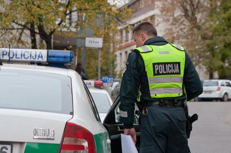Per savaitę užregistruoti 292 krovininių automobilių pažeidimai