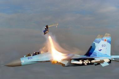 Rusų pilotai atliko stulbinamą triuką