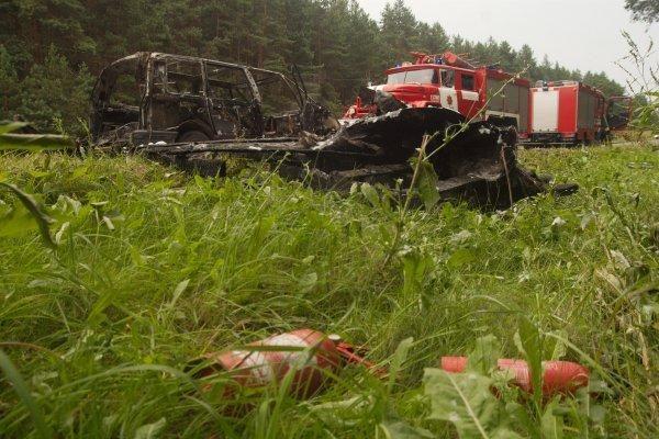 """Sostinės pakraštyje sudegė """"Renault Espace"""""""