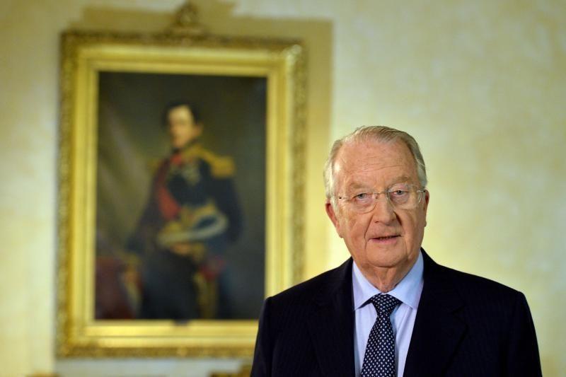 Belgijos karalius Albertas II atsisako sosto