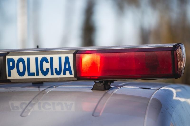 Palangoje tarnybos metui susižalojo policininkas