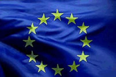 Apklausa: vertindami narystę ES gyventojai mato ir pliusų, ir minusų