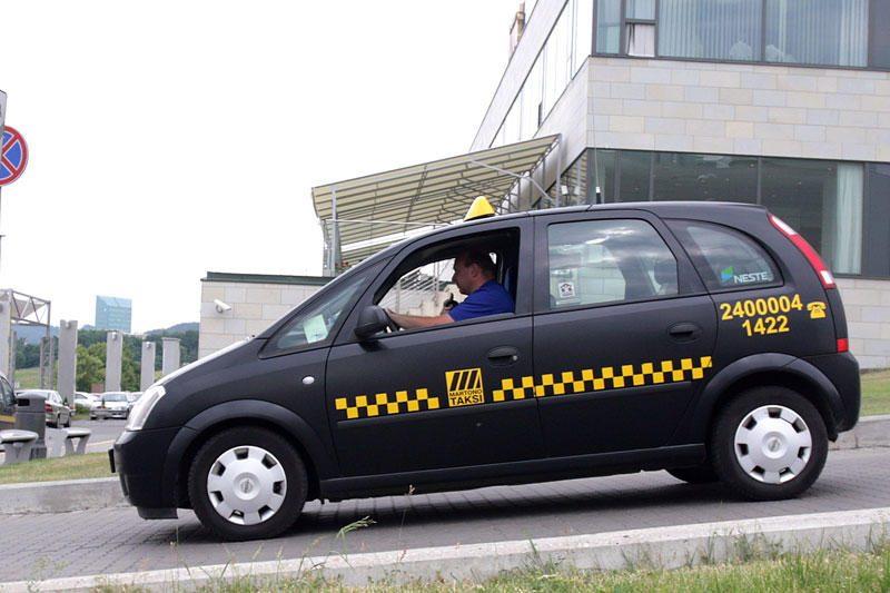 700 taksistų trečiadienį ketina užkimšti Vilniaus gatves