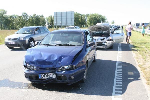 Kelyje iš Palangos – serijinė avarija