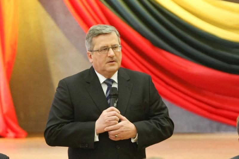 B.Komorowskis: dėl pavardžių rašybos su Lietuva turime būti tvirti