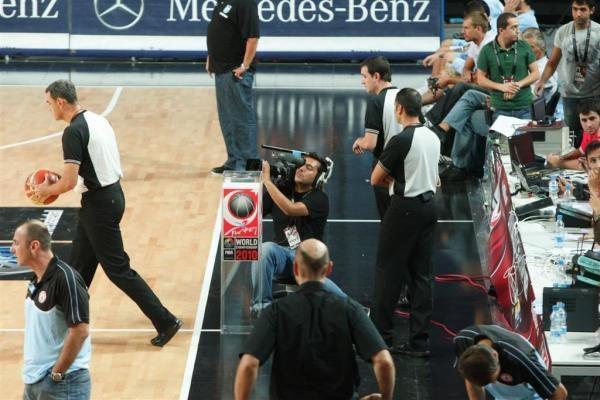 Varžybų išvakarėse Stambulo arenoje dar verda paruošiamieji darbai