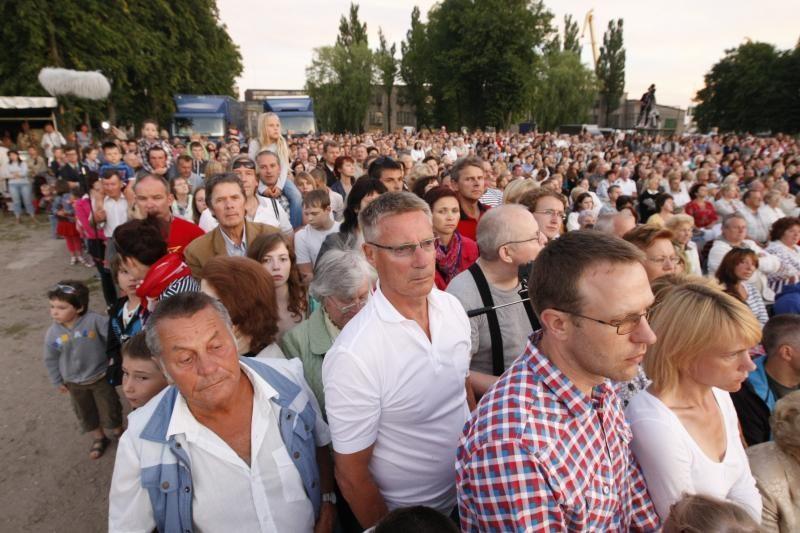 Minios klaipėdiečių prie piliavietės atšventė mylimo miesto gimtadienį
