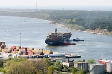 Krova jūrų uoste smuko daugiau nei 15 proc.