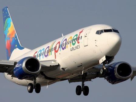 "Vėl sugedęs ""Small Planet Airlines"" lėktuvas vėlavo išskristi 10 val."
