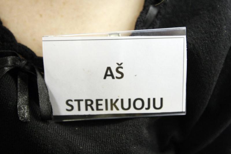 Pamokos Klaipėdos mokyklose prasidėjo streiku